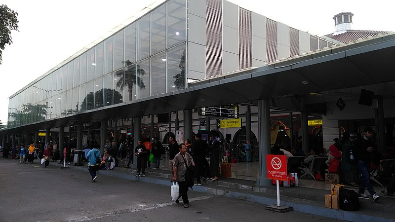 rute angkutan umum karawaci ke stasiun pasar senen