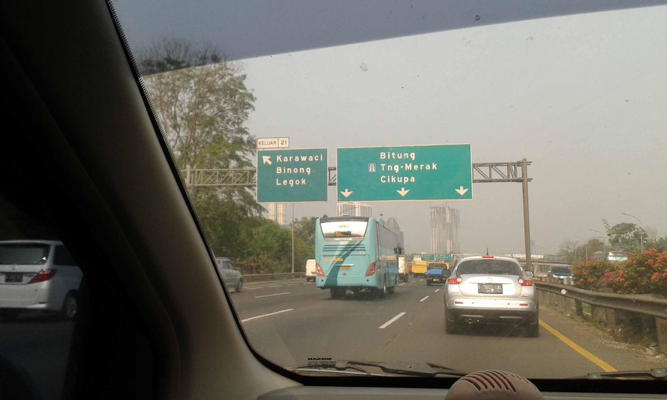 exit tol karawaci